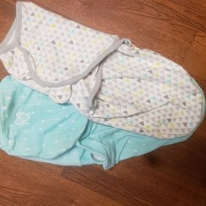 2 Swaddle Me Swaddlers